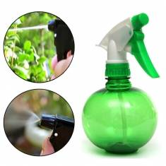 250ml Gardening Hand Pressure Watering Can Plastic Planting Sprinkling Can Tool