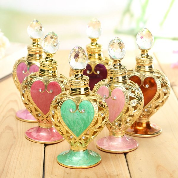 Elegant Vintage Retro Heart Shaped Crystal
