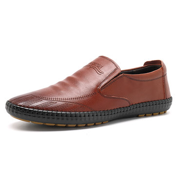 Buy Men Hand Stitching Soft Sole Sole Genuine Leather Slip On Flat Oxfords for $36.21 in Banggood store
